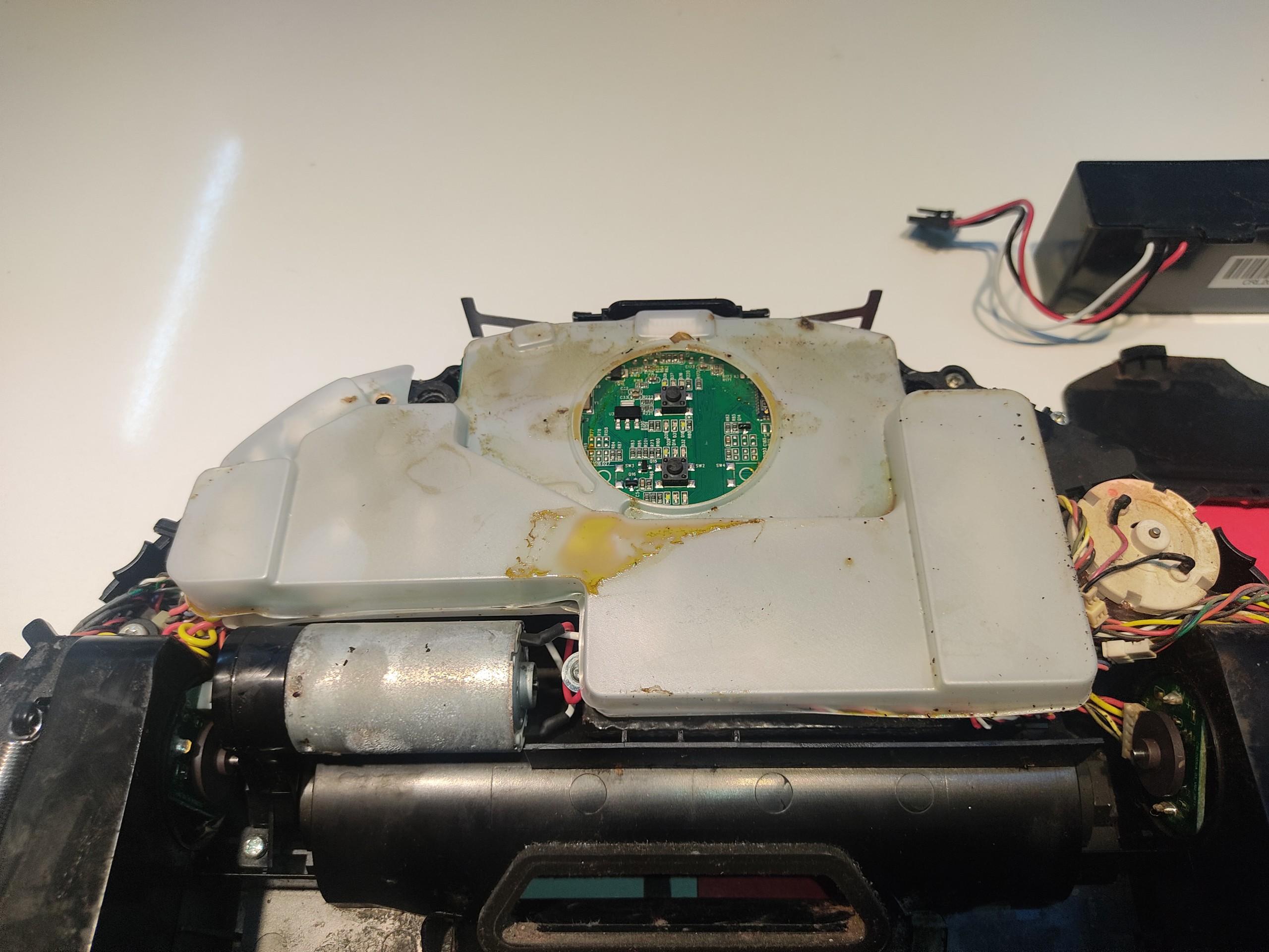 robot-hut-bui-xiaomi-gen-2-bi-loi-khong-chay-bao-den-do-nhap-nhay
